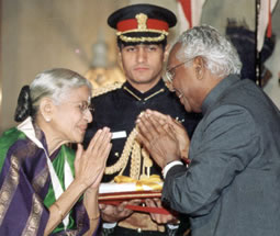recieving-bharata-ratna